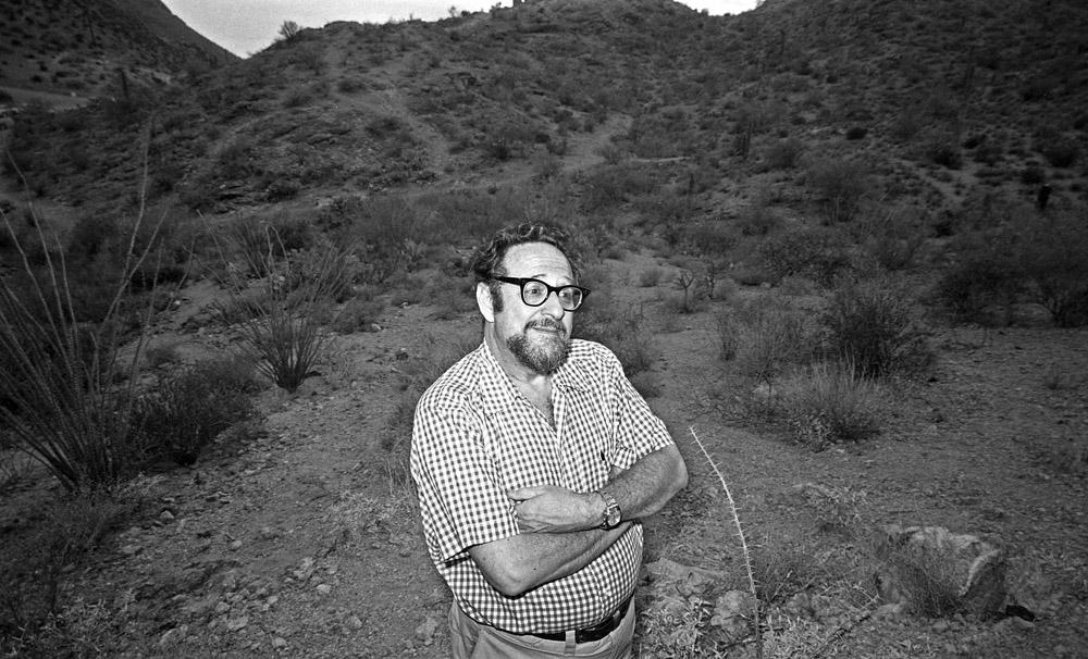 Arnold Newman - Tucson 1977